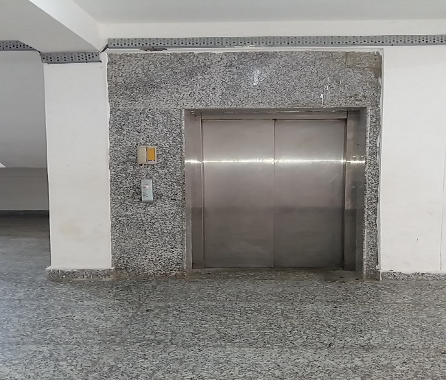 lifts in girls hostel